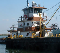 project moves and deck barge rentals